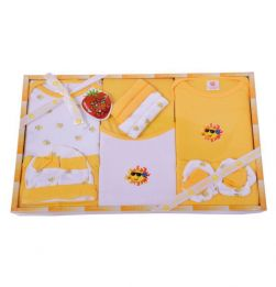 Unisex Mini Berry Baby Gift Set-13 in bangalore